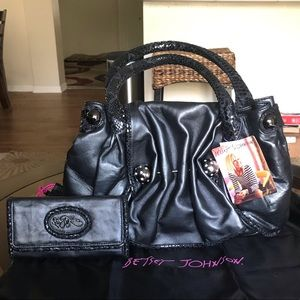 NWT Betsey Johnson VINTAGE Leather Purse & Wallet